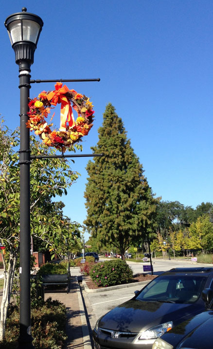815EastMontagueAveFallWreath
